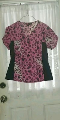 women's pink and black floral blouse Lawrence, 01843