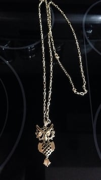 Gold Plated Owl Necklace pick up in laval Laval, H7B 1E9