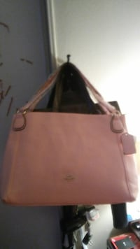 NWT PINK COACH TOTE/PURSE Lancaster, 93535
