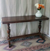 Entance entry table console behind couch Gulfport