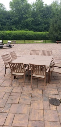 Outdoor dining table with chairs  Sykesville, 21784