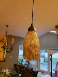 2 Pendant light fixtures and globes