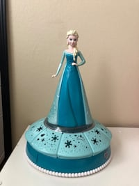 Elsa light and musical jewelry box