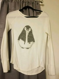 American Eagle penguin long sleeve. Size Medium  Spotsylvania Courthouse, 22553