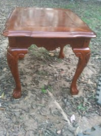 End table North Little Rock, 72118