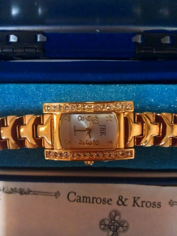 Gold Camrose & Kross watch for women bd95a33b-f177-41fd-884b-1321ef66ab4d