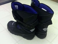 WORN ONCE BOYS ARTIC WINTER POLOR BOOTS SIZE 6! ONLY $20 LONDONDERRY Edmonton, T5Z 2T1