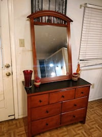 Nice wooden dresser with mirror/ TV stand in great Annandale, 22003