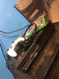 Xbox one with games Las Vegas, 89110