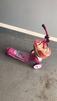 pink and white kick scooter Countryside, 60525
