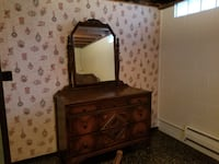 3 piece bedroom set...full sized bed