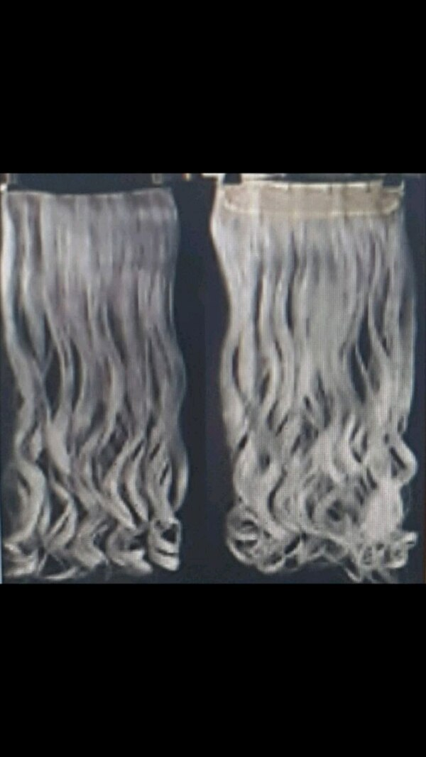 Grey synthetic 24 inch hair clip extensions