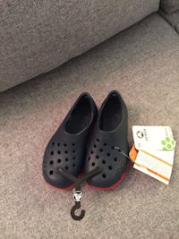 pair of black Crocs rubber clogs Repentigny, J5Y 3L1