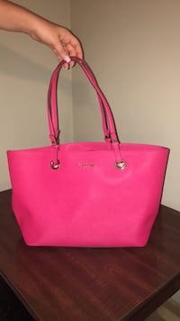 Pink Calvin Klein leather tote bag Locust Grove, 30248