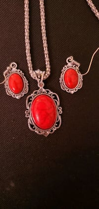 New necklace and earring sets Columbiana, 35051