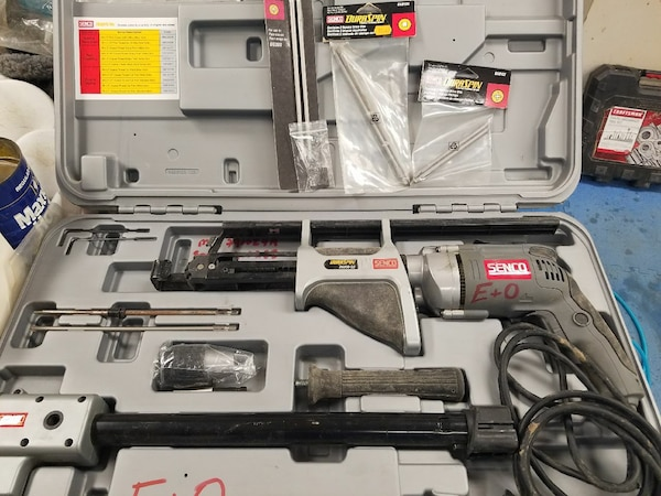 Senco floor screw gun