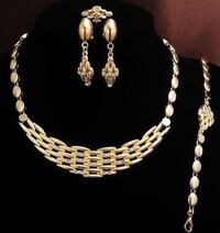 Women's 4pcs Gold Plated Set Necklace Bracelet Earrings And Ring