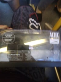 Bluetooth speaker brand new in box Vancouver, V5N 1T3