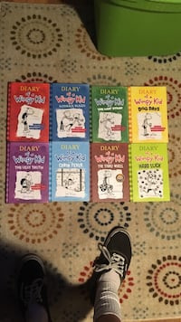 eight assorted Diary of a Wimpy Kid books Frederick, 21702