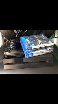 Playstation 4 with 4 games 500g hard drive  Houston, 77373