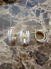 Golden set of a ring, earrings with diamonds Burbank, 91505