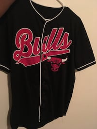 Black and red chicago bulls letterman jacket Canton, 44708