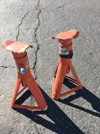 Jack stands  Riverside, 92505
