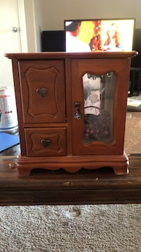 brown wooden cabinet with drawer Sylvan Lake, T4S
