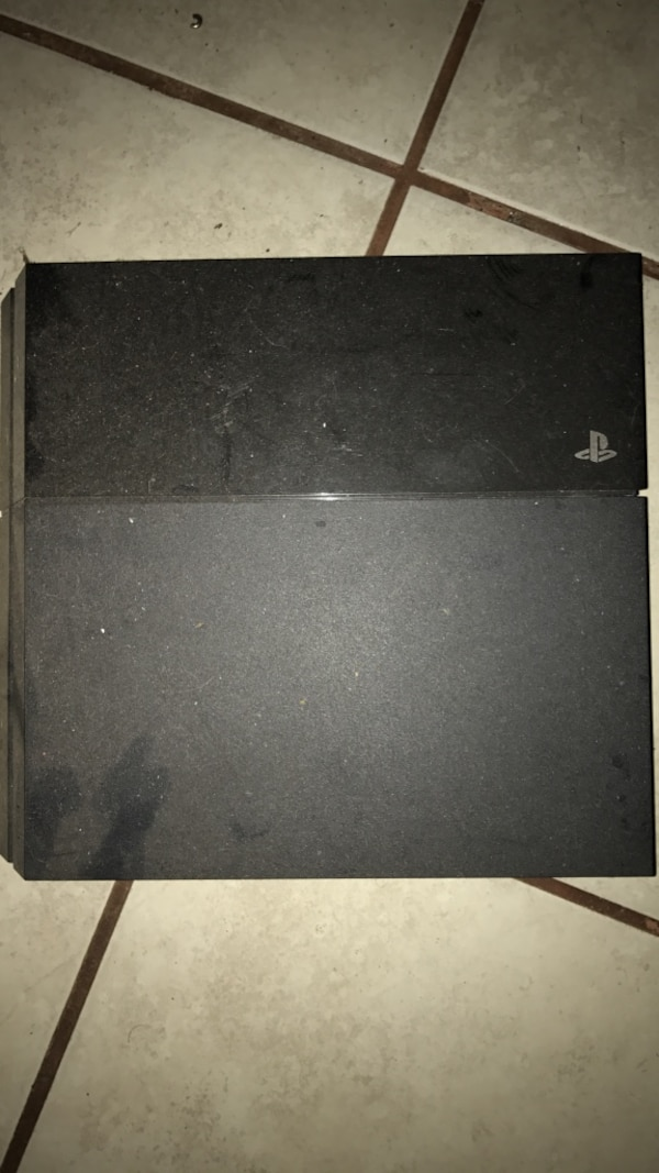 ****CHEAP**** Broken PS4 for parts