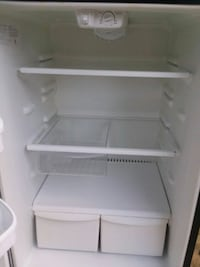 white top-mount refrigerator Hyattsville, 20783
