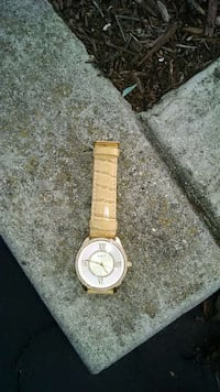 Womens Guess watch Sunnyvale, 94085