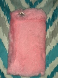 Pink and white fur textile IPhone 6 Plus case Grosse Pointe Farms, 48236