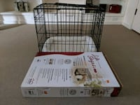 Life stages puppy crate - bed included  Toronto, M5A 2H3