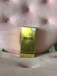 Moschino perfume - gold - just bought - new in box unopened Markham, L3T 7N1