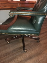 Lawyer/Executive Style Desk Chair Falls Church, 22042
