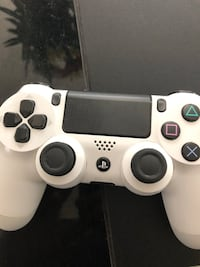 PS4 GREAT CONDITION + CONTROLLER  St Thomas, N5R 2L8
