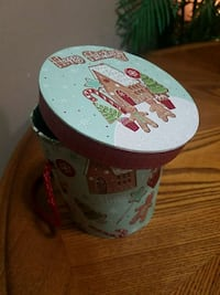 Seasonal packaging container or decor Youngstown, 44515