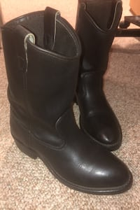 Men's cowboy boots size 9.5 in great condition Fair Lawn, 07410