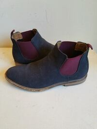 pair of blue-and-red suede booties Alhambra, 91801