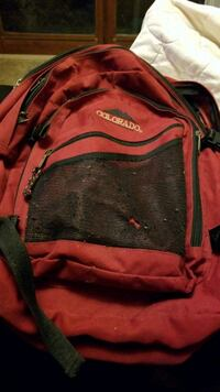black and red Nike backpack 872 km