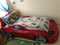 Moving sale .Toldder McQueen car bed without meters 50 km