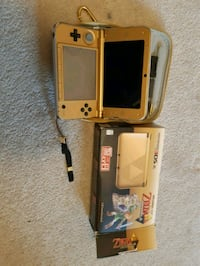 Nintendo 3DS XL gold with zelda Mississauga, L5M 8A2