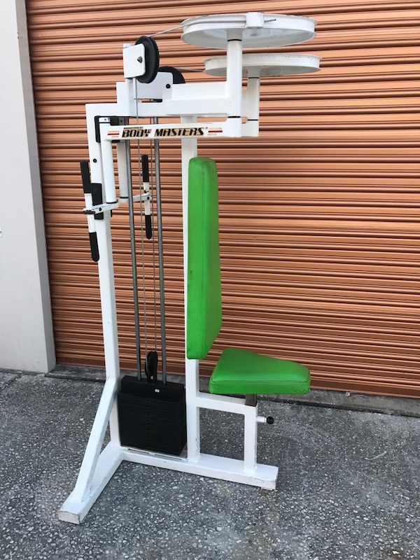 Body Masters Commercial Pec Fly/ Rear Delt Machine