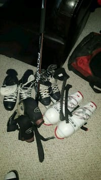 Teen n men's hockey gear Edmonton