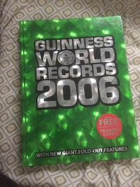 Guinness world records 2006 + trading cards  Toronto, M4C