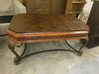 Beautiful Coffee table and end table  Middleport, 14105