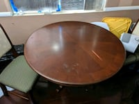 Round Dining table + 4 chairs Oxnard, 93030