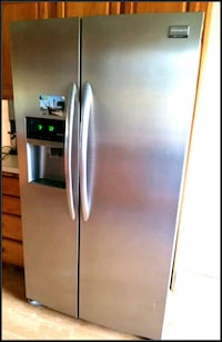 gray side-by-side refrigerator with dispenser Oklahoma City, 73107