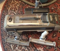 Electrolux Silverado Deluxe Model 1505 Canister Vacuum   Centreville