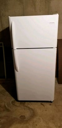 white top-mount refrigerator Fullerton, 18052